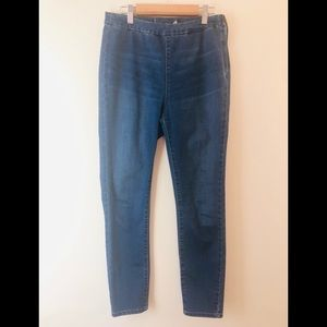 Free People | Skinny Jeans Size 28